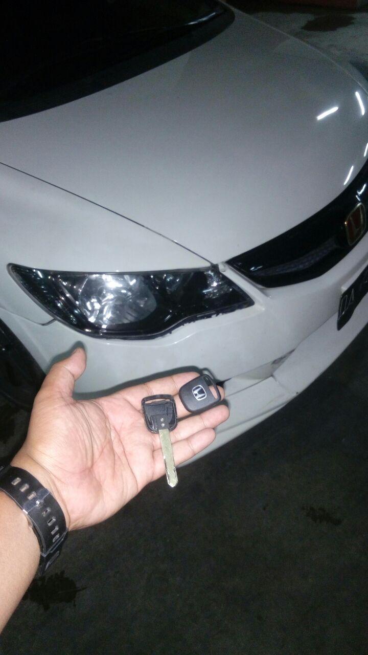 kunci mobil civic hilang